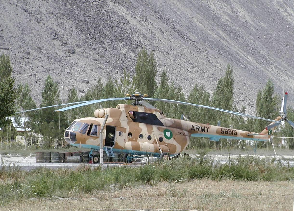 Helicóptero MI-17 paquistaní | Waqas Usman (cc)