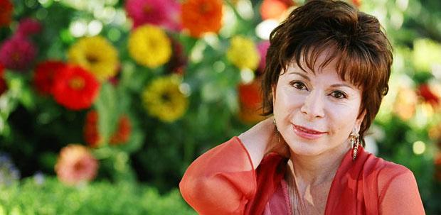 Isabel Allende (C)