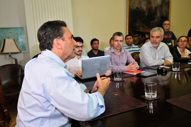 Ministro José Antonio Gómez en reunión con funcionarios de la DGAC   Sebastián Beltrán Gaete   Agencia Uno
