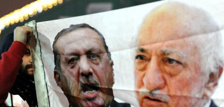 Erdogan (c) y Gulen (d) | AFP