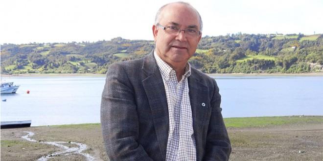 Juan Alberto Pérez | munidalcahue.cl