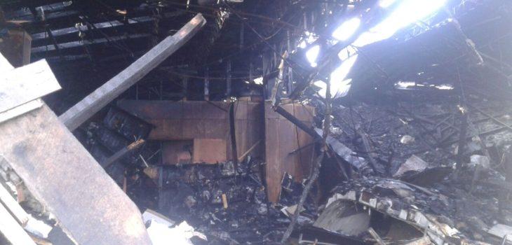 Incendio destruyó por completo casa de la cultura de Inforsa en Nacimiento