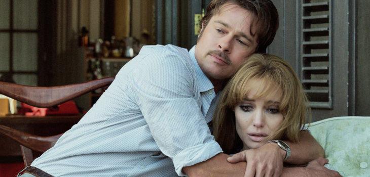 "Brad Pitt y Angelina Jolie en ""By the Sea."""