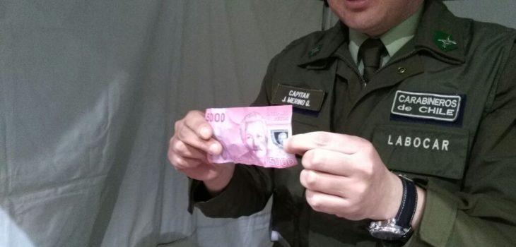 Carabineros y billetes falsos | Carlos Martínez