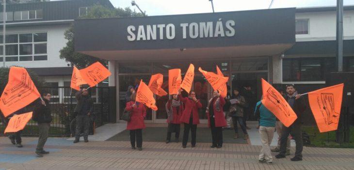 Manifestación en UST | Dennys Salazar