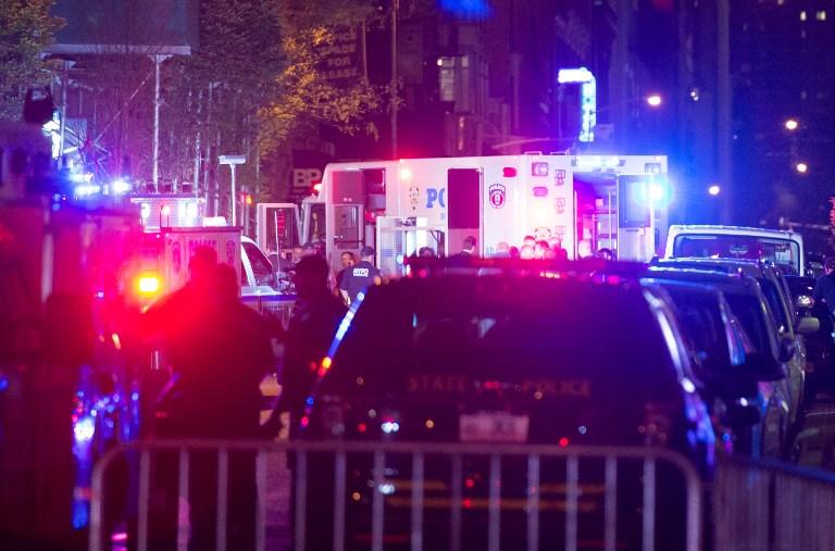 """EXPLOSIÃ""""N EN NUEVA YORK: persona de emergencias"""