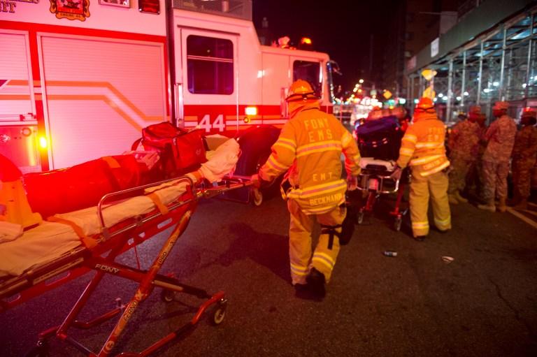 """EXPLOSIÃ""""N EN NUEVA YORK: personal de emergencias"""