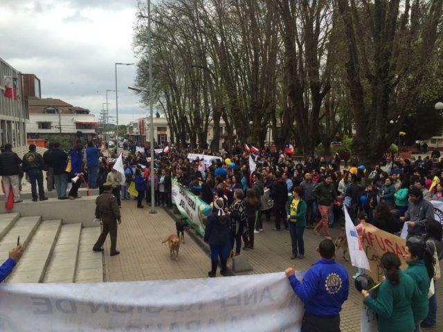 Masiva convocatoria en Angol al paro nacional de 24 horas convocado por el sector público