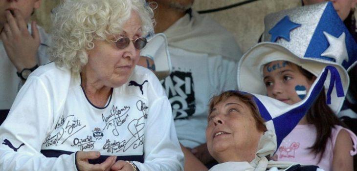 Ofelia Wilhelm (izquierda) | ARCHIVO | Agence France-Presse