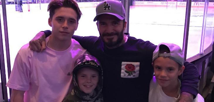 David Beckham y sus hijos Brooklyn (izquierda), Cruz (centro) y Romeo (derecha) | Instagram
