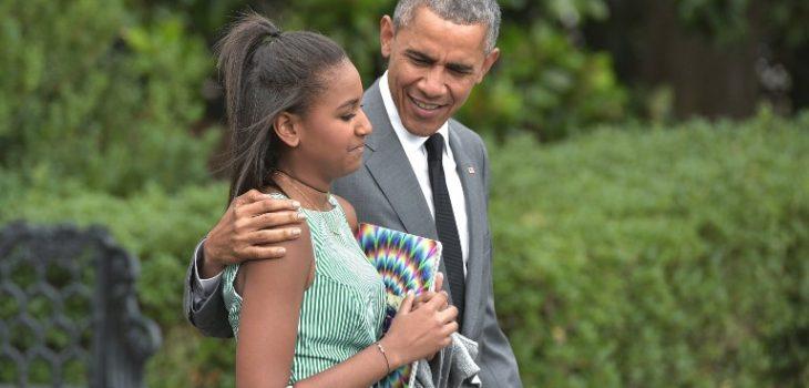 Sasha Obama y Barack Obama | ARCHIVO | Agence France-Presse