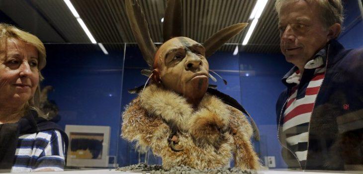 Representación del rostro de un hombre de Neandertal | César Manso | AFP