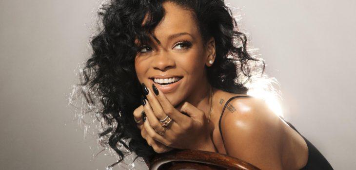 Rihanna | Foto Oficial