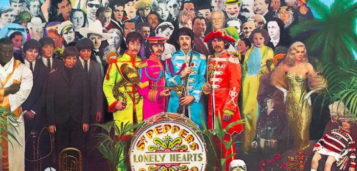 "Carátula de ""Sgt. Pepper's Lonely Hearts Club Band""."