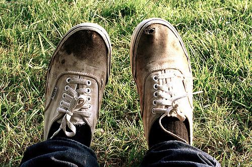 Zapatillas sucias | Imagen de contexto (CC)