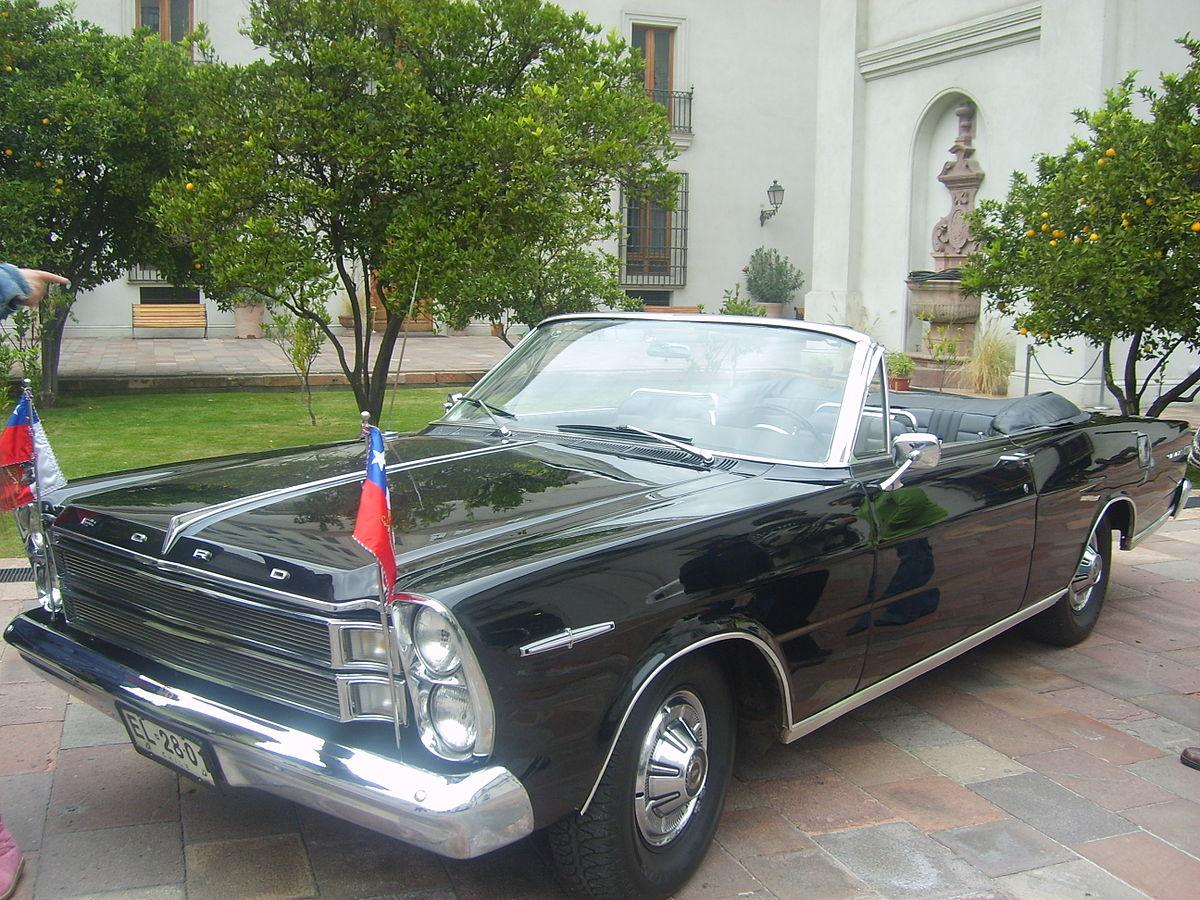 Ford Galaxie presidencial