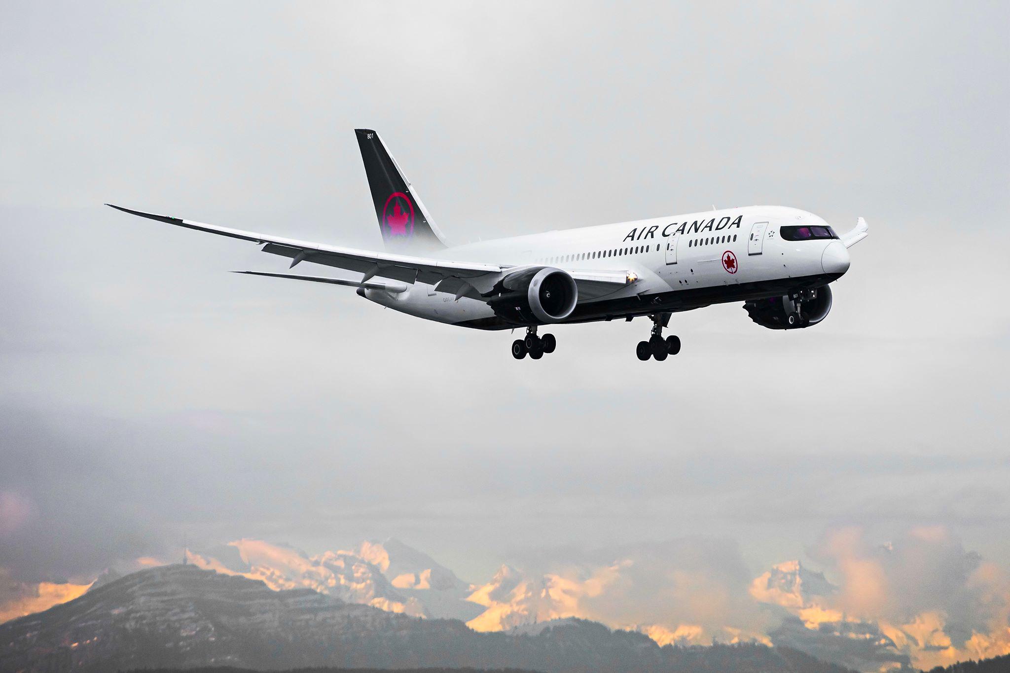 Air Canada (Facebook)