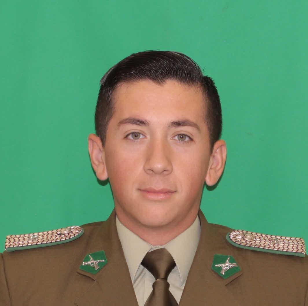 Subteniente Daniel Mauricio valenzuela Jimenez