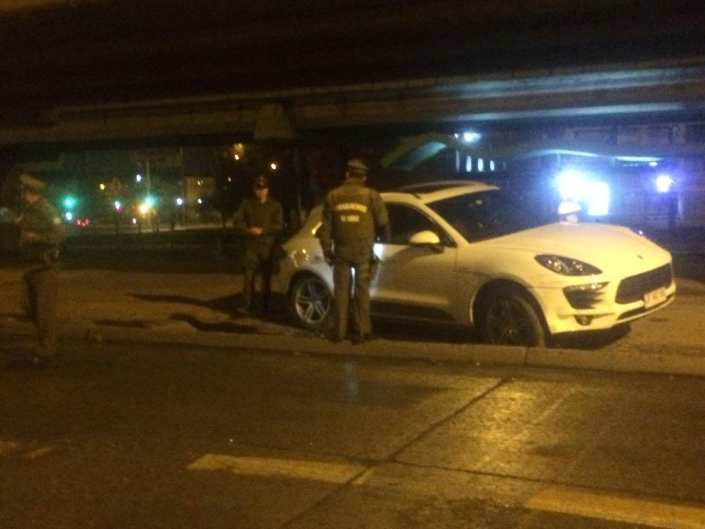 vehículo robado en rotonda Grecia