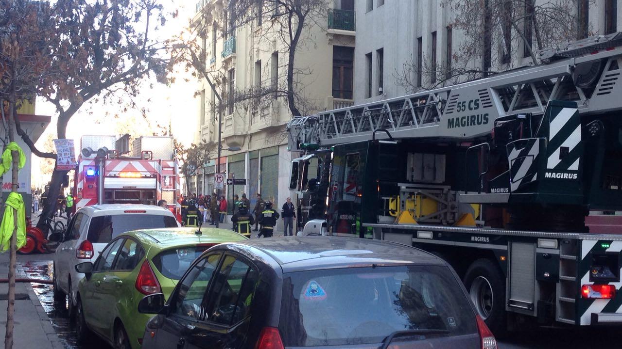 Incendio de edificio en Santiago Centro
