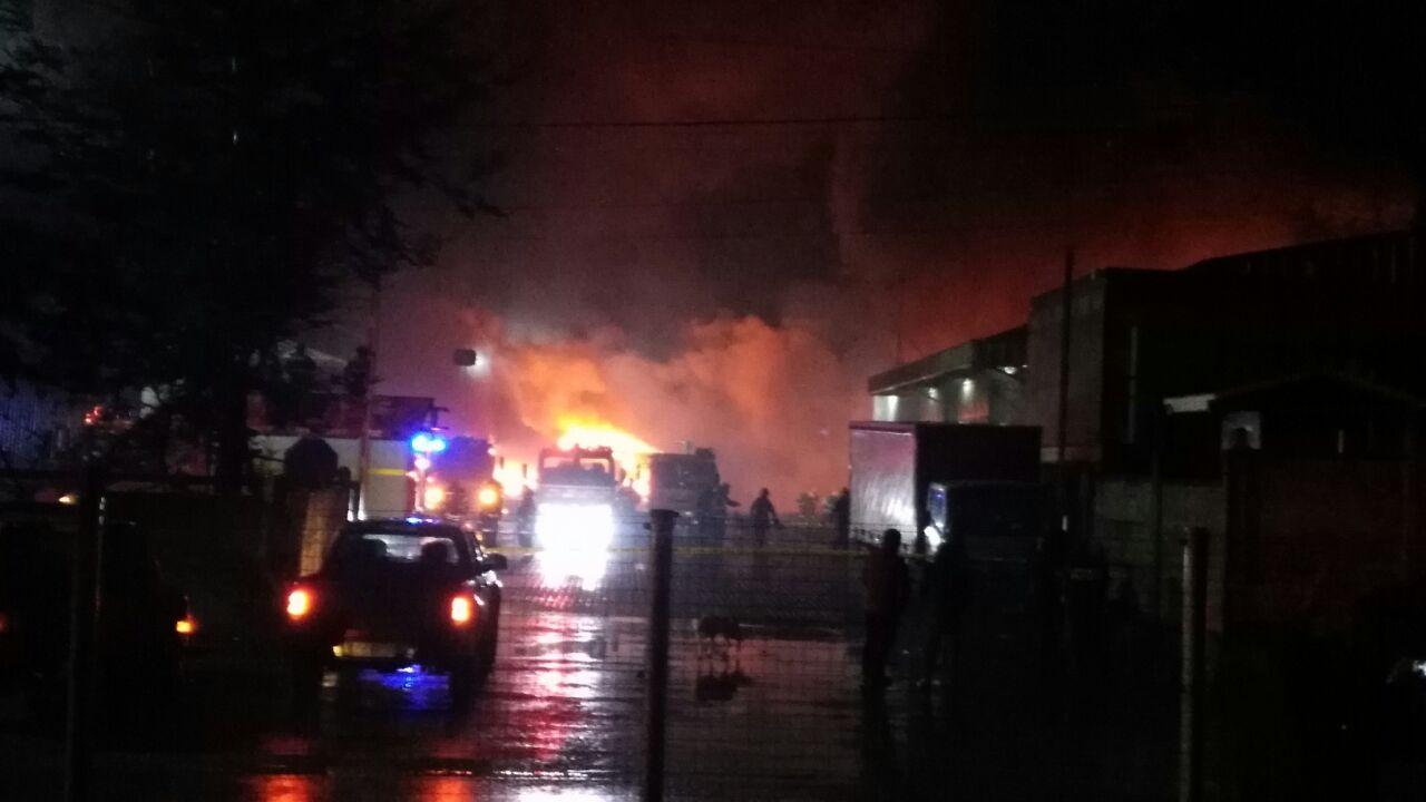 Ataque terrorista en La Araucanía dejó 18 camiones quemados — Crece la violencia