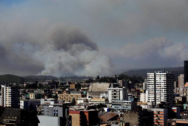 Falta de planificación y recursos: diputados aprueban lapidario informe sobre incendios