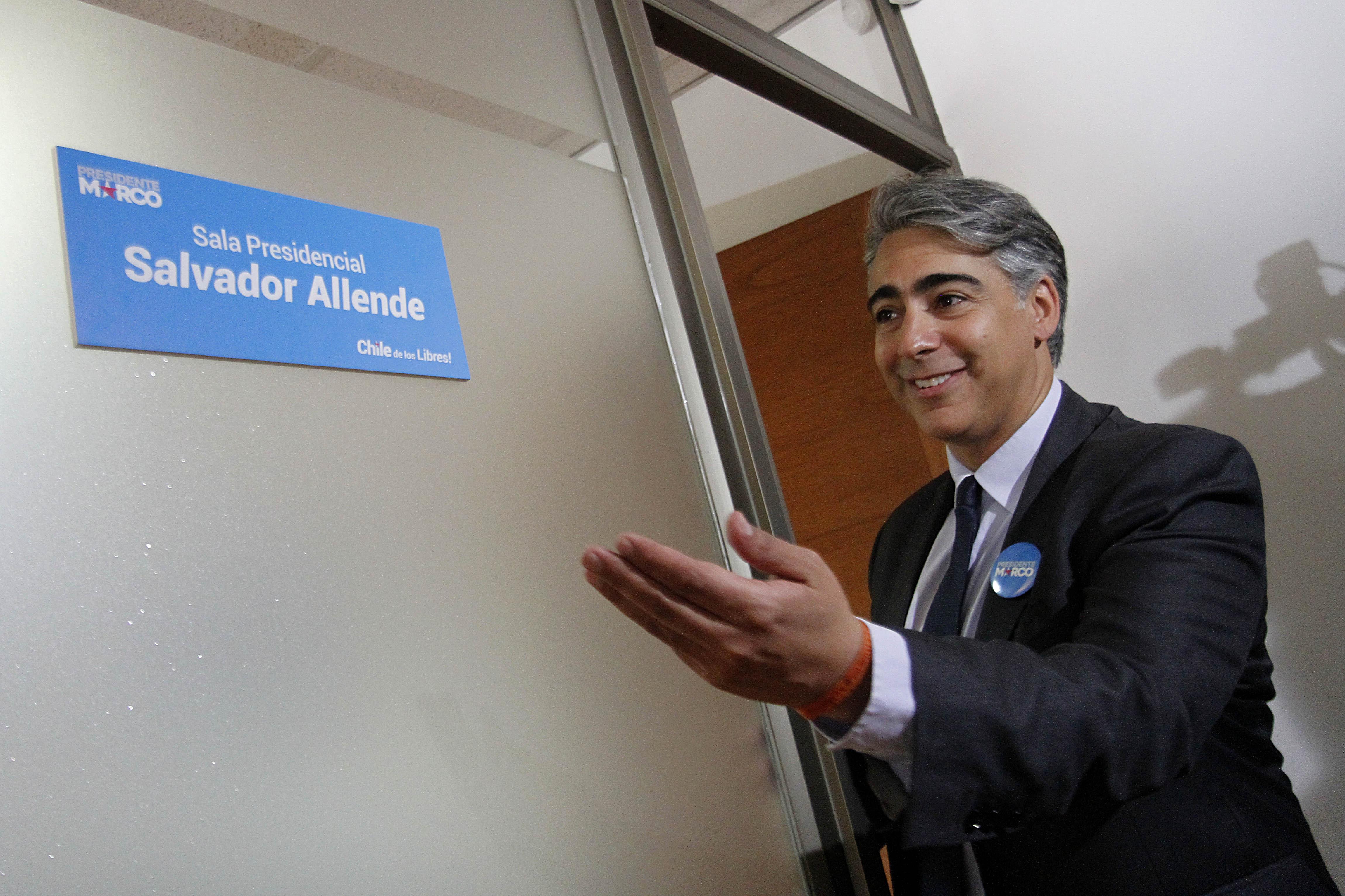 Marco Enríquez-Ominami inauguró su sede de campaña