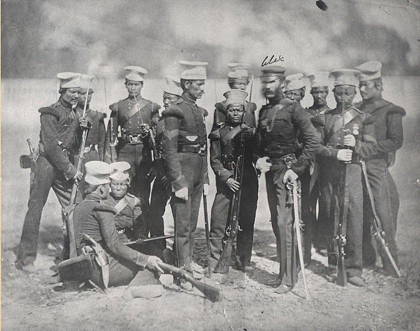 Soldados Gurkhas en 1857 (CC) Wikimedia Commons