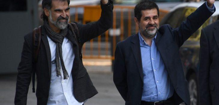 Jordi Sanchez (derecha) y Jordi Cuixart (izquierda).