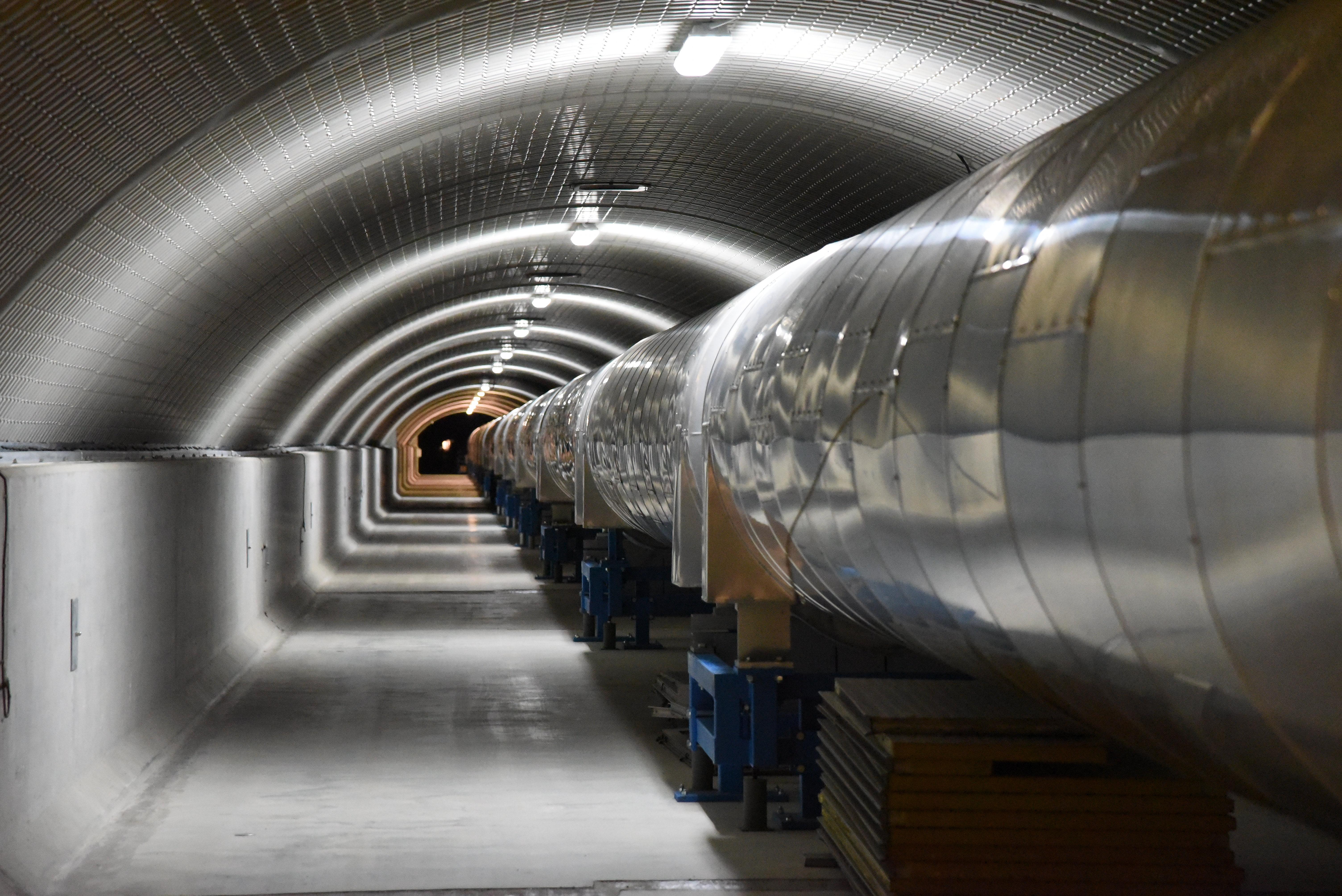 Interferómetro diseñado para detectar ondas gravitacionales en Pisa, Italia | Agence France-Presse