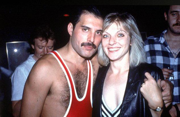 Freddie y Mary