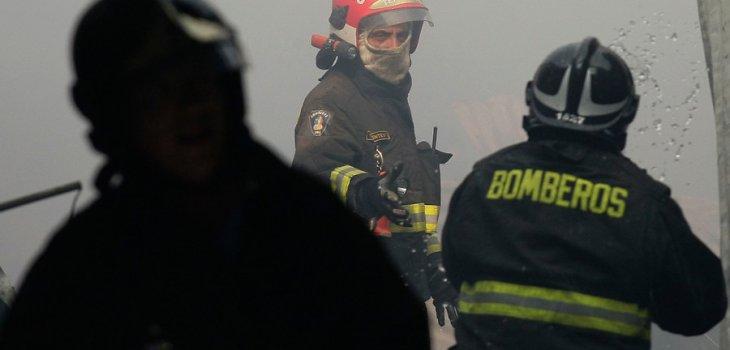 Resultado de imagen para Incendio forestal en loma del medio
