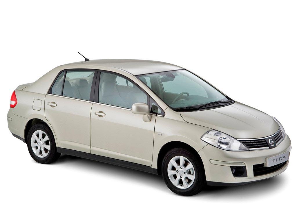 nissan-tiida-16-sedan-07