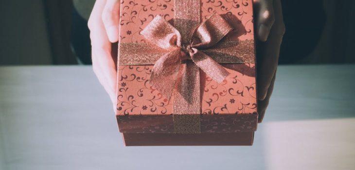 583db2ed6 8 tiendas penquistas donde elegir regalos baratos y novedosos para  adelantar esta navidad