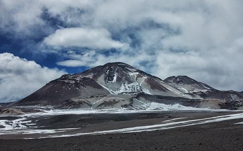 Archivo/ Volcán El Muerto_Wikipedia (CCO)