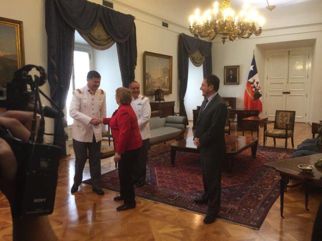 Michelle Bachelet y José Antonio Gómez, tras designar como comandante en Jefe del Ejército a Ricardo Martínez