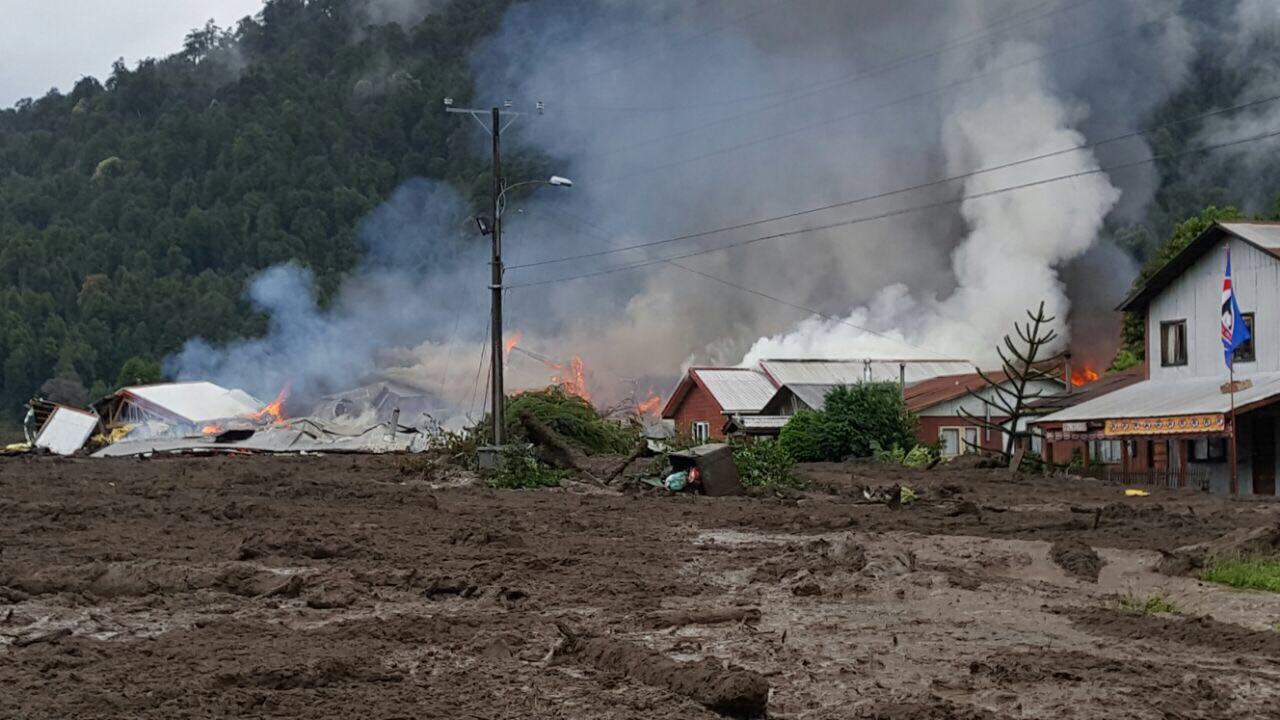 Aluvión deja 5 muertos y 15 desaparecidos en Chile
