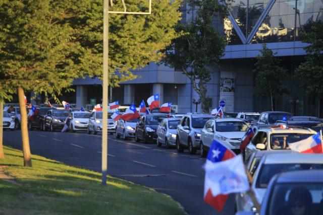 Piñera supporters took to the streets to celebrate. Víctor Pérez | Agencia UNO