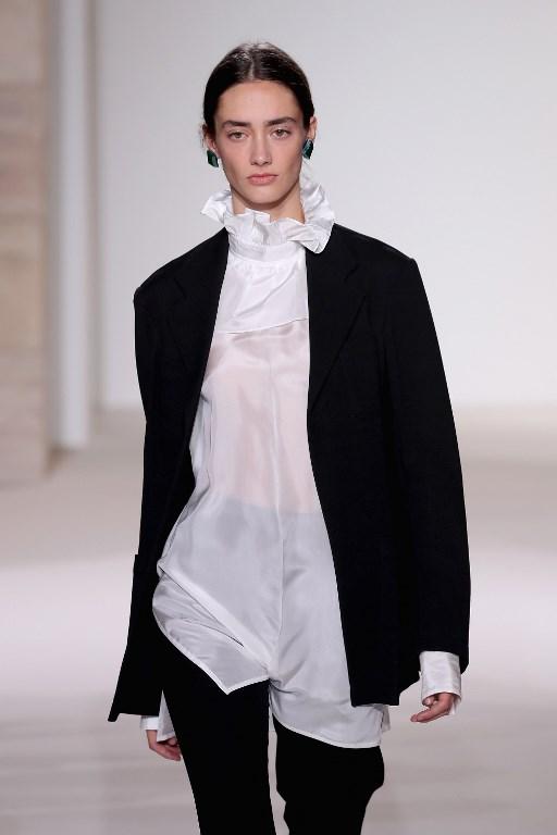 Modelo desfile ropa de Victoria B. |  JP Yim | Getty Images | AFP