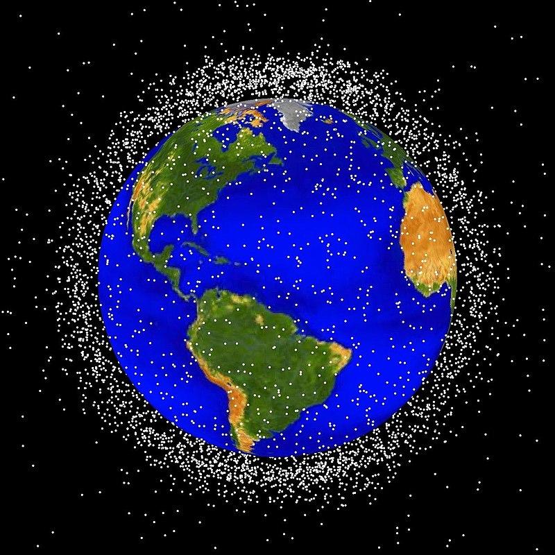 Basura espacial localizada en órbita baja terrestre (CC) Wikimedia Commons