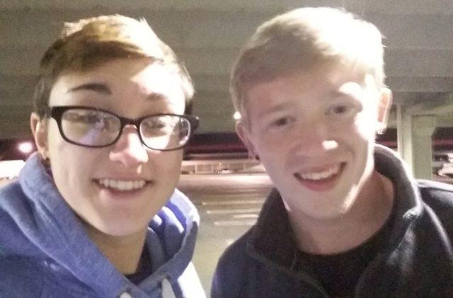 Kyler junto a su novia | Facebook