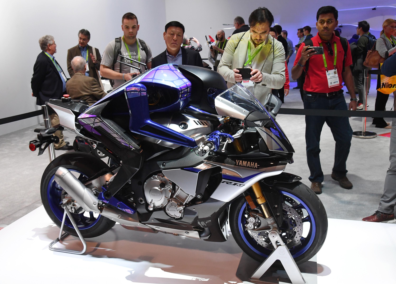 "El prototitpo ""Motoroid"" de Yamaha | Agence France-Presse"