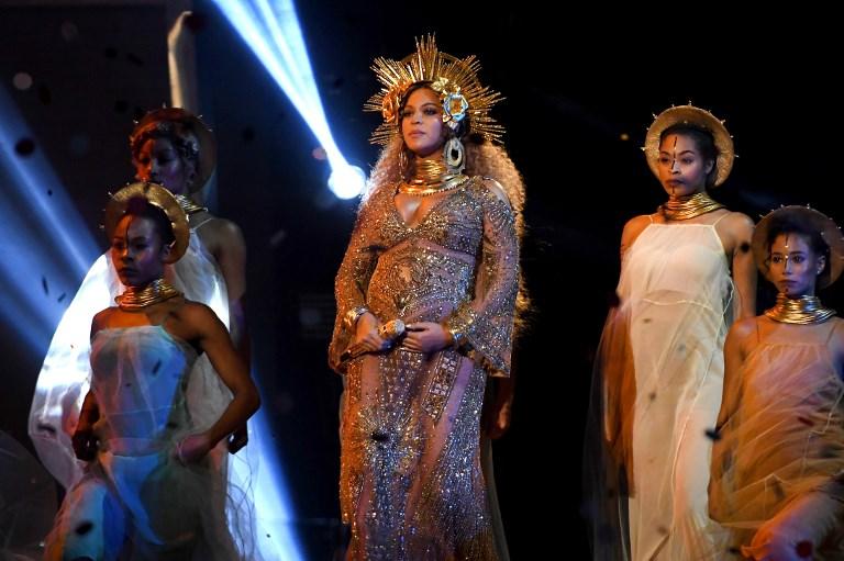 Beyoncé en premios Grammy 2017    Kevork Djansezian   Getty Images for NAaras   AFP