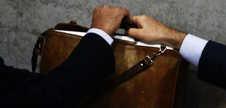 Resultado de imagen para Chile cae por tercera vez consecutiva en Índice de Percepción de la Corrupción