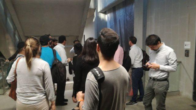 Caos en Línea 6 del Metro de Santiago por suspensión del servicio