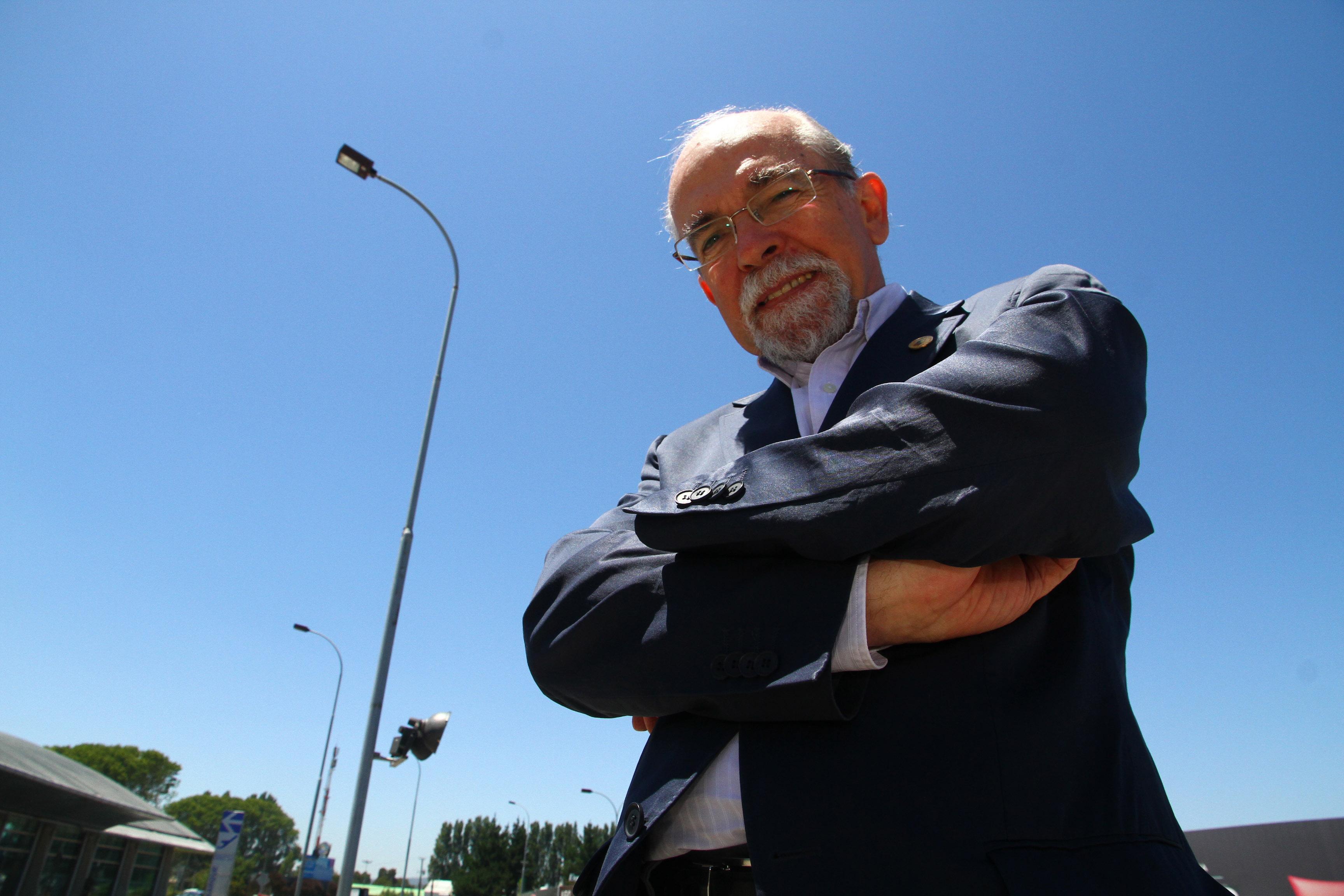 Dr. José Maza Sancho