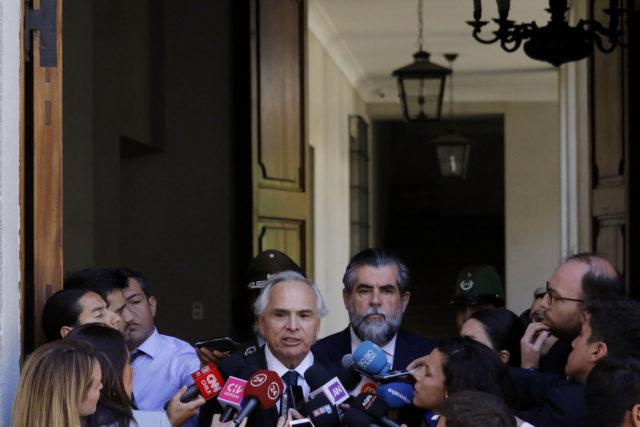 Andrés Chadwick gives a press conference at La Moneda. Leonardo Rubilar | Agencia UNO