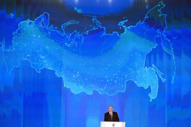Putin se dirige a la Asamblea Federal en el centro de exhibición Manezh. Juri Kadobnov | Agence France-Pesse
