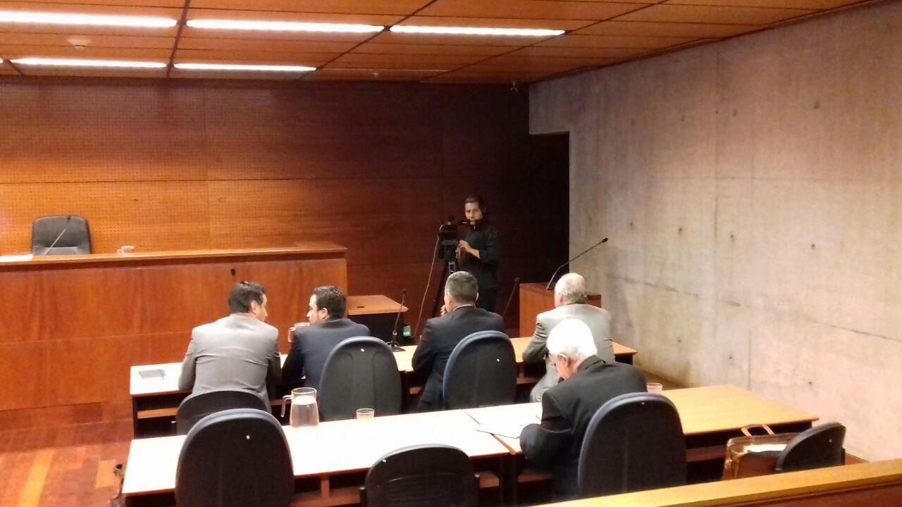 Decretan arraigo nacional para exgeneral director de Carabineros Eduardo Gordon — Pacogate