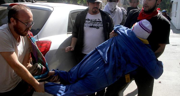 atropello-de-manifestante-tras-marcha-en-santiago-2